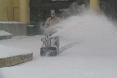 snow-maintenance-3